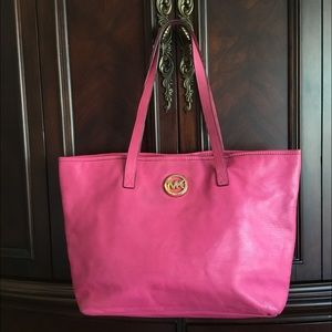 Michael Kors Fuchsia Pebble Leather Snap XL Tote